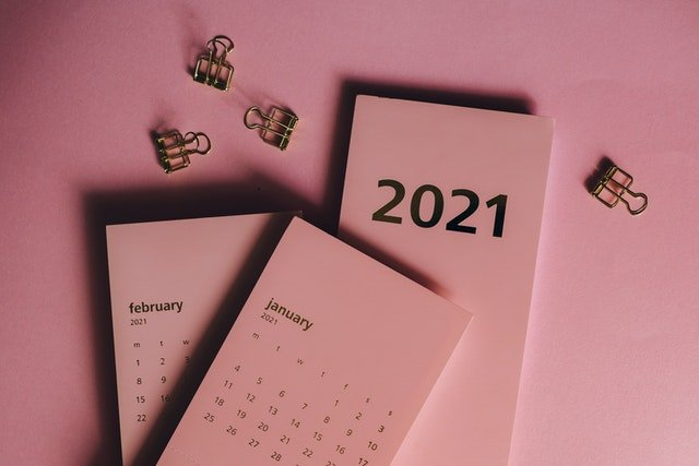 calendar-photo-by-pexels-olya-kobruseva-